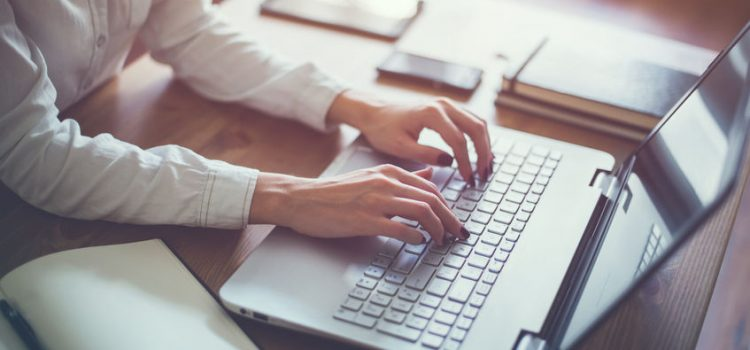4 Reasons Why Every Small Business Owner Should Blog