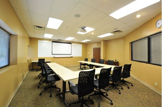 Ideal for workshops, presentations, networking groups, special meetings, classes and more.